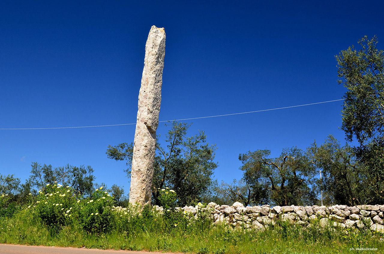 Risultati immagini per dolmen e menhir